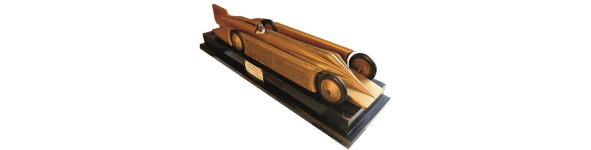 A HISTORY OF ENGINEERING IN 100 OBJECTS: MODEL OF THE GOLDENARROW